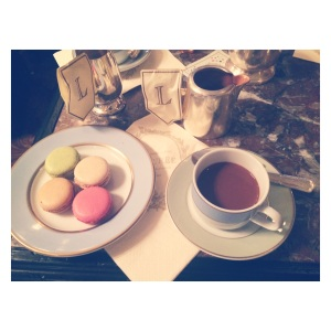Macarons & hot chocolate